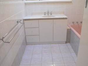 Bathroom Tile Resurfacing